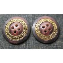 Botón marrón con cerco...