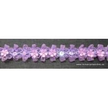 Pasamanería de flores lila,...
