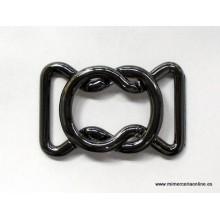 Hebilla metal, color negro...