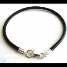 ac0b35dee853 Ideal para pulseras o collares. Disponible en color oro