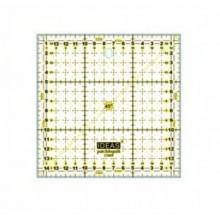 Regla patchwork 15 x 15 cm.