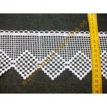 Puntilla guipur blanco, dibujo rombo ( puntilla número 116)