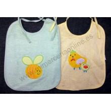 Babero tela tipo toalla, verde dibujo abeja, amarillo dibujo gallina