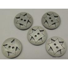 Botón gris efecto carbono con dibujo estrella, 20,5 mm